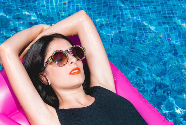 I consigli di MES per prenderti cura della tua pelle anche in estate.